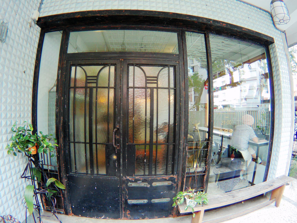09-台北中正區喝咖啡 美食 Cafe de Gear.JPG