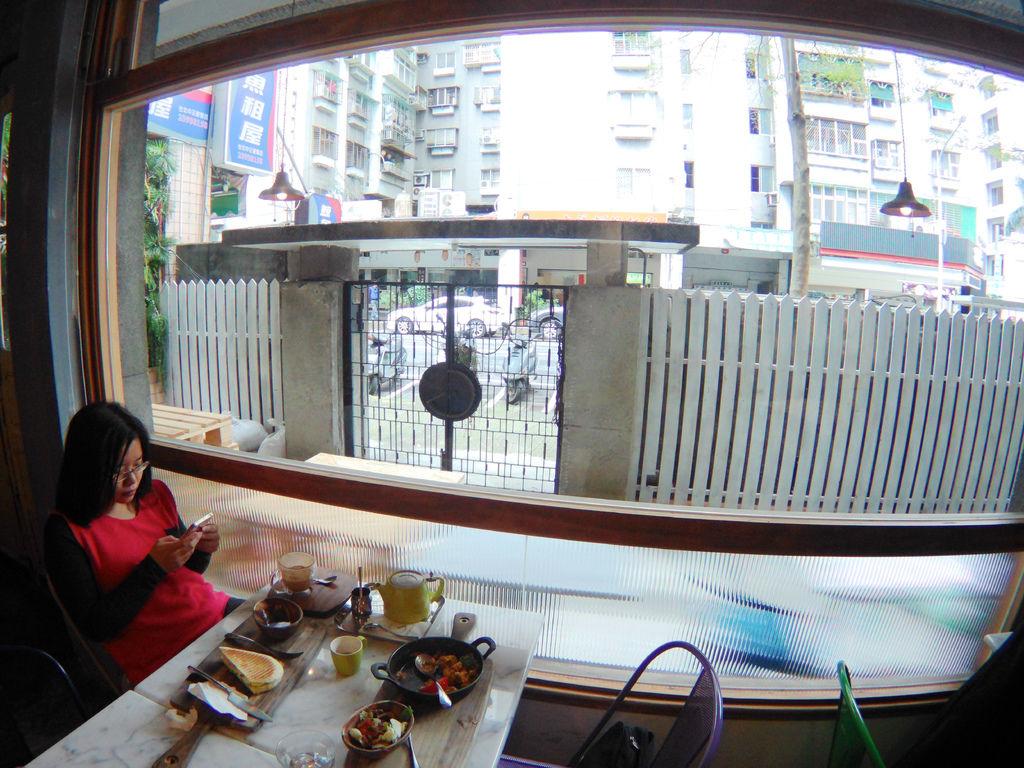 36-台北中正區喝咖啡 美食 Cafe de Gear.JPG