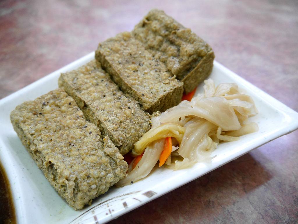 06-戴記獨臭之家臭豆腐專賣店 吳酸酸.JPG
