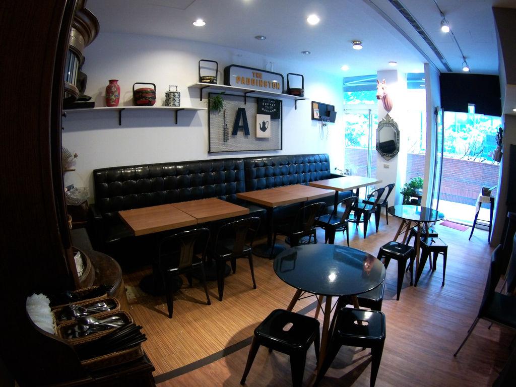04-檳城九號咖啡室 忠孝敦化站.JPG