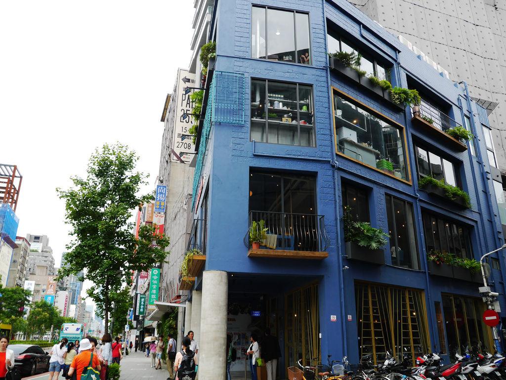 04-吐司利亞TOASTERiA CAFE 東門站 旗艦店.JPG