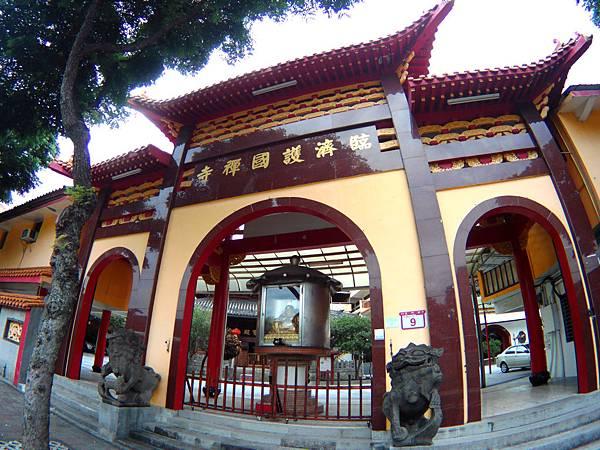 25-台北市古蹟 臨濟護國禪寺.JPG