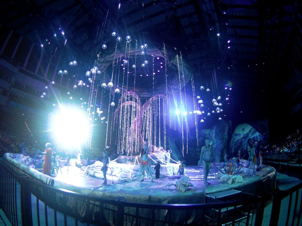 15-太陽馬戲阿凡達前傳 Cirque Du Soleil TORUK.JPG