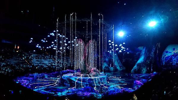 19-太陽馬戲阿凡達前傳 Cirque Du Soleil TORUK.JPG