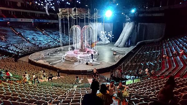 20-太陽馬戲阿凡達前傳 Cirque Du Soleil TORUK.JPG