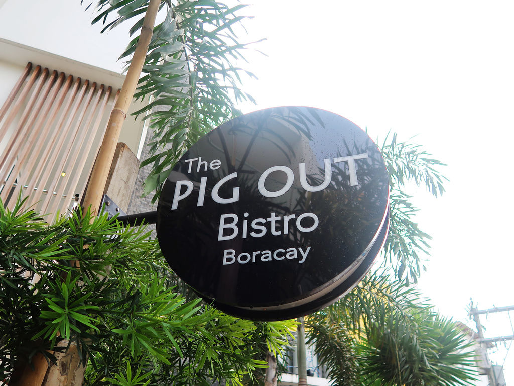 05-The Pig Out Bistro Boracay.JPG