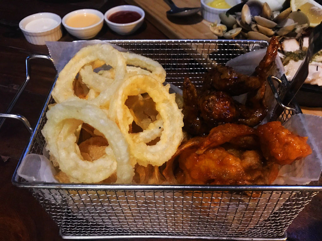18-The Pig Out Bistro Boracay.jpg