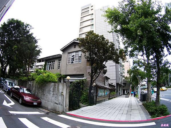 02-紫藤廬 Wistaria Tea House泡茶去.JPG