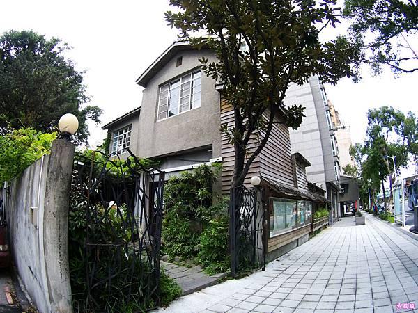 03-紫藤廬 Wistaria Tea House泡茶去.JPG