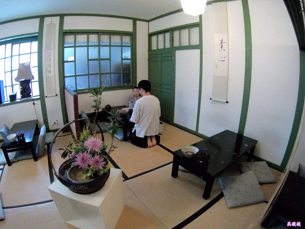 09-紫藤廬 Wistaria Tea House泡茶去.JPG