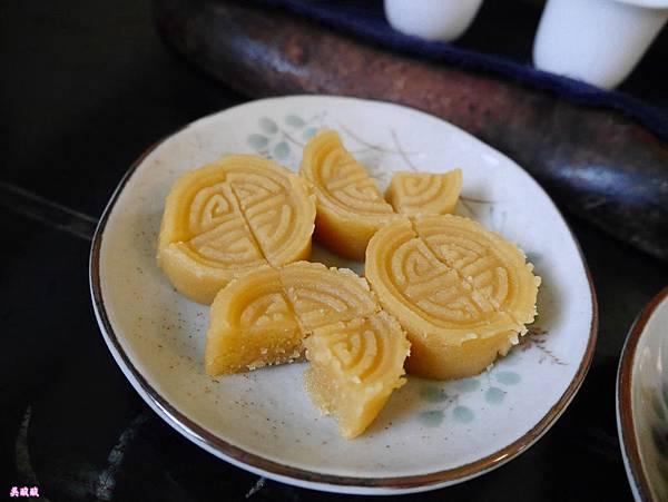 20-紫藤廬 Wistaria Tea House泡茶去.JPG