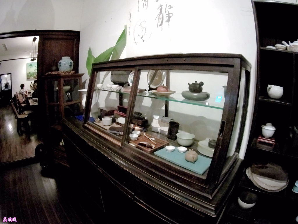 32-紫藤廬 Wistaria Tea House泡茶去.JPG