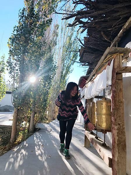 127-吳酸酸2017年西藏 阿里古格王朝.JPG