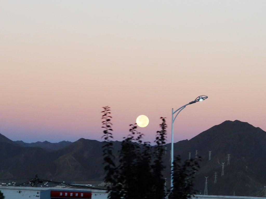 173-吳酸酸2017年西藏 阿里古格王朝.JPG