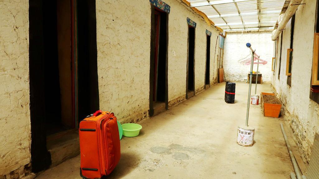 29-1西藏阿里塔欽住宿 崗欽賓館 吳酸酸.JPG