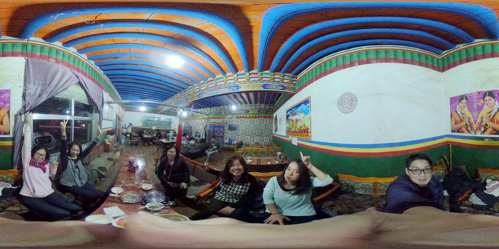 83-西藏阿里普蘭塔欽 聖地朝友藏餐館 吳酸酸.jpg