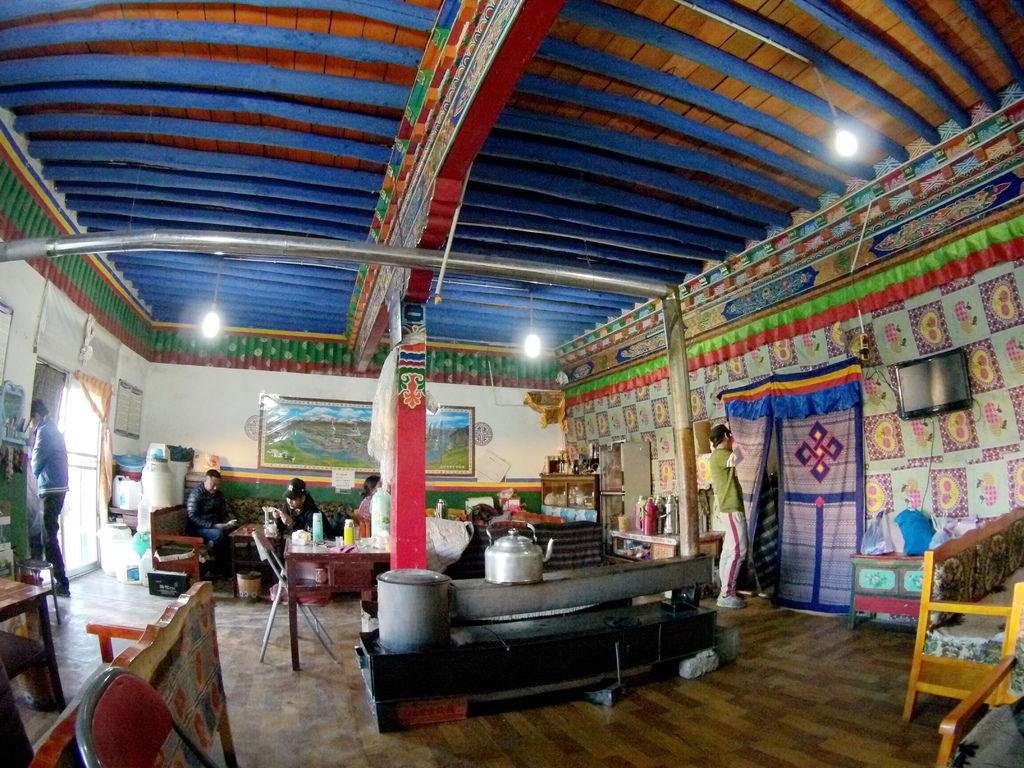 79-西藏阿里普蘭塔欽 聖地朝友藏餐館 吳酸酸.JPG
