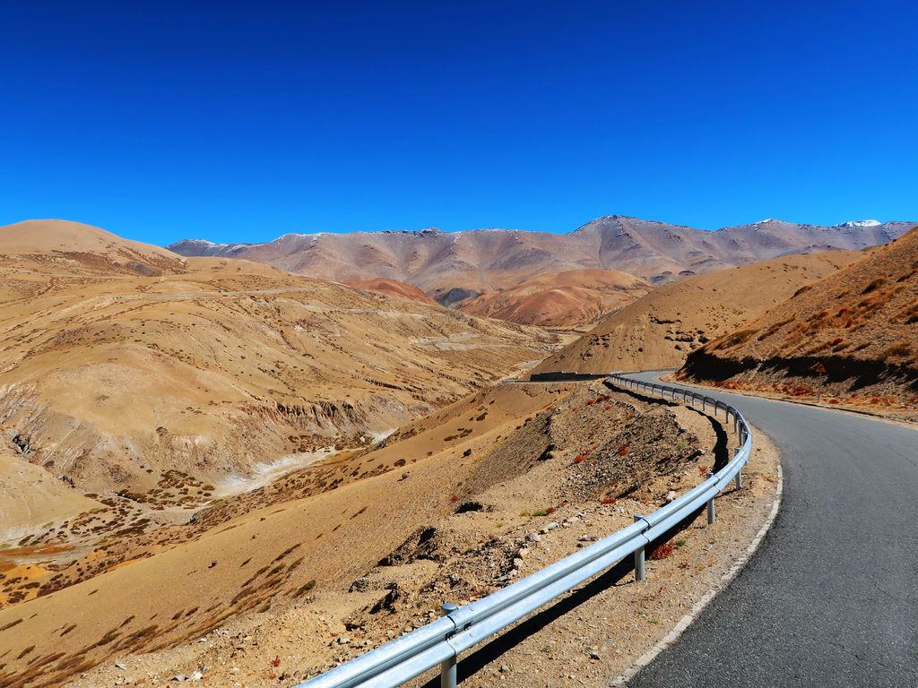 19-西藏阿里 一路向西 札達土林 阿里吃火鍋 酸酸西藏.JPG
