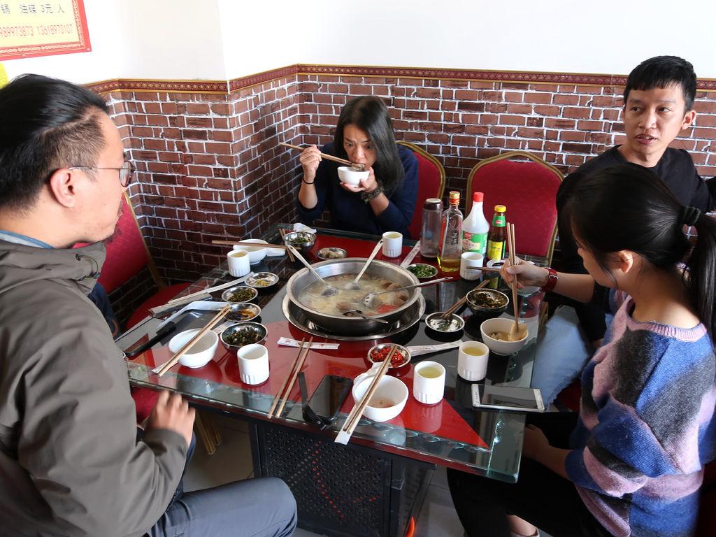 63-西藏阿里 一路向西 札達土林 阿里吃火鍋 酸酸西藏.JPG