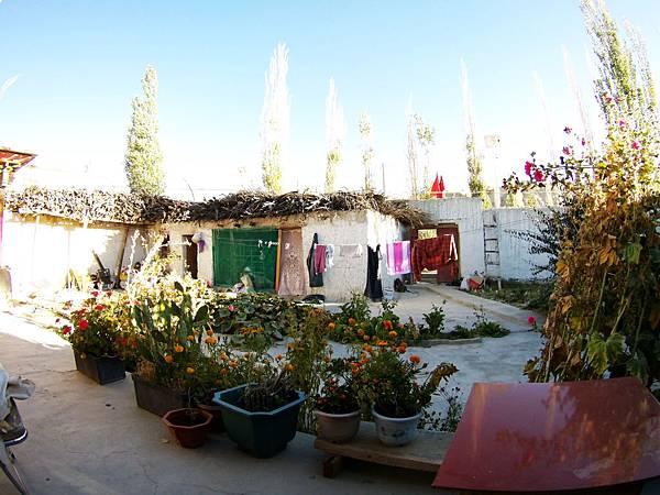 08-西藏阿里 札布讓村 土林民宿 瑪呢家庭旅館.JPG