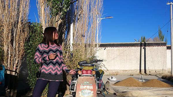 41-西藏阿里 札布讓村 土林民宿 藏民家庭旅館.JPG