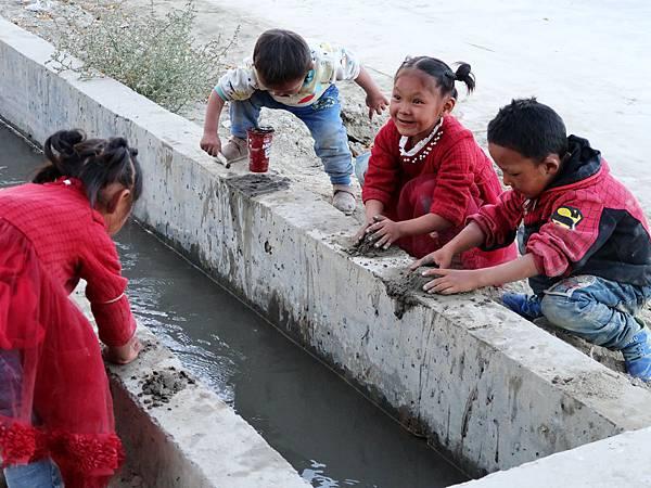 59-西藏阿里 札布讓村 土林民宿 藏民家庭旅館.JPG