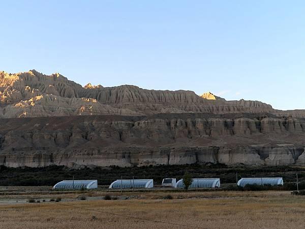 64-西藏阿里 札布讓村 土林民宿 藏民家庭旅館.JPG
