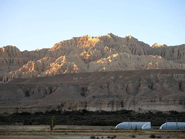 65-西藏阿里 札布讓村 土林民宿 藏民家庭旅館.JPG