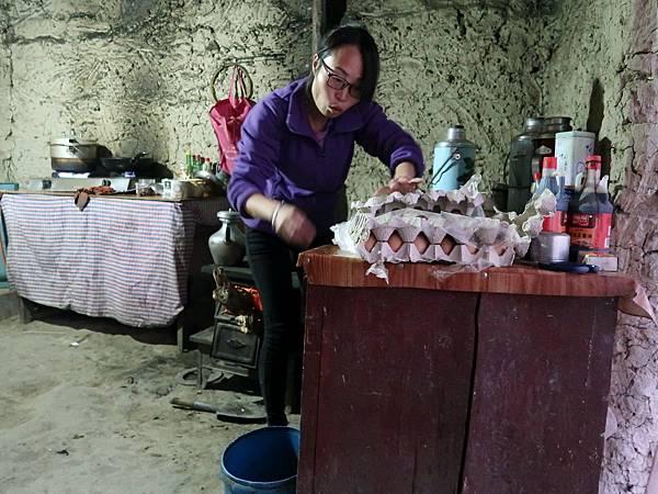 69-西藏阿里 札布讓村 土林民宿 藏民家庭旅館.JPG