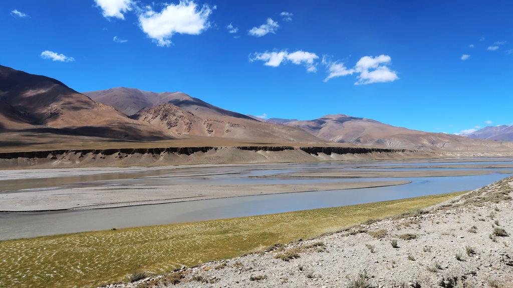 13-前往5200米珠峰大本營途中 西藏吳酸酸.JPG