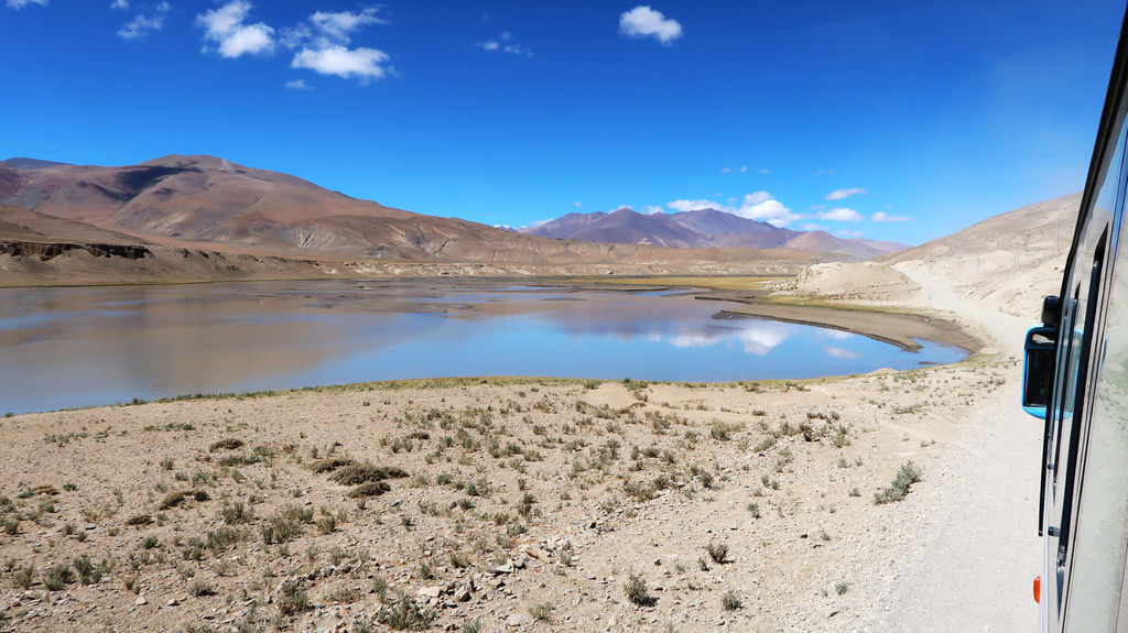 16-前往5200米珠峰大本營途中 西藏吳酸酸.JPG