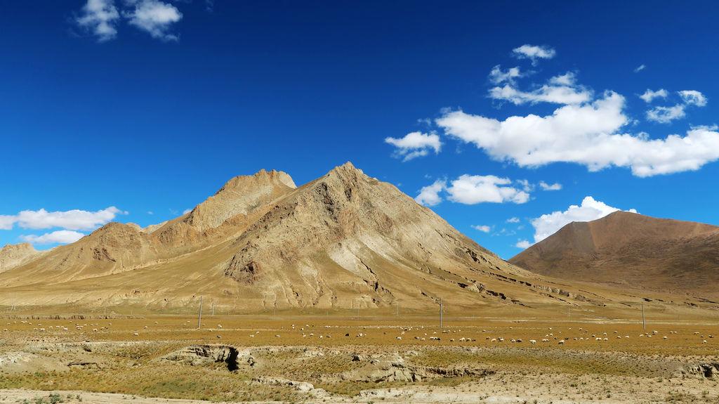 20-前往5200米珠峰大本營途中 西藏吳酸酸.JPG