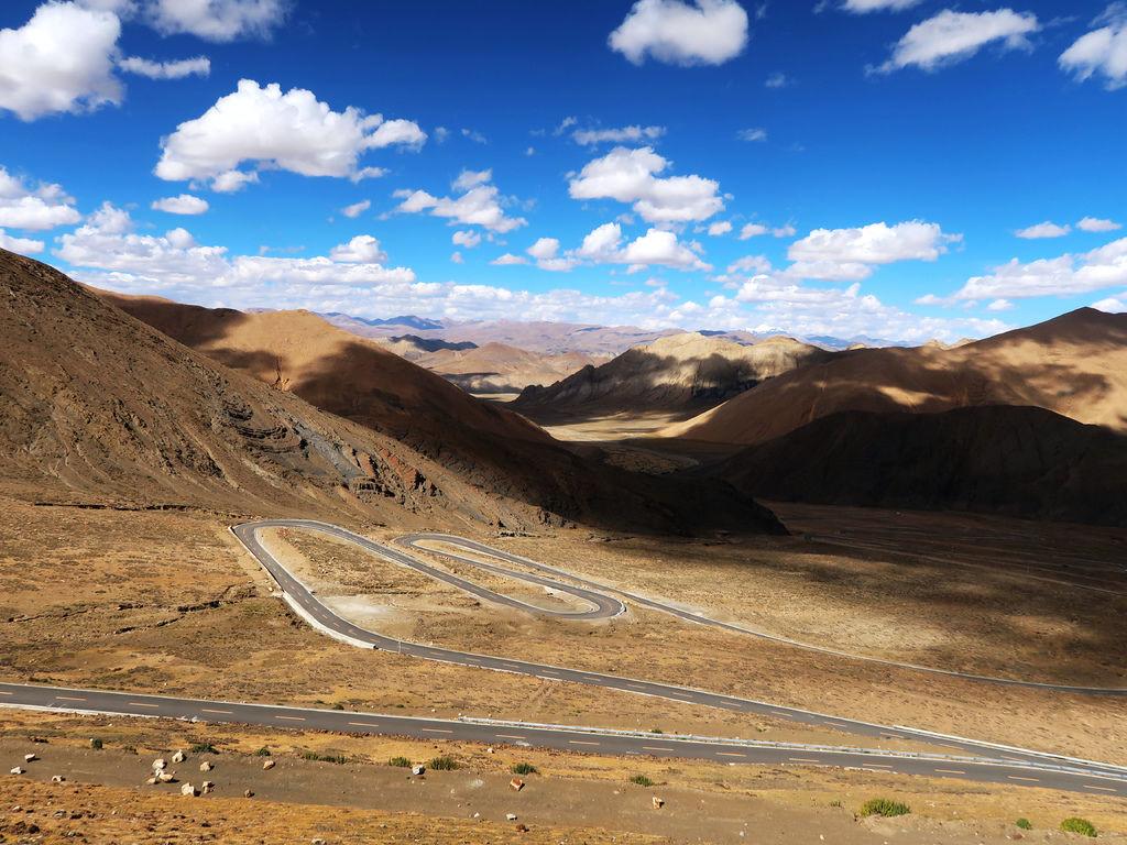 35-前往5200米珠峰大本營途中 西藏吳酸酸.JPG