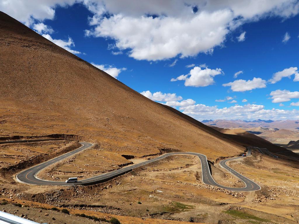 38-前往5200米珠峰大本營途中 西藏吳酸酸.JPG