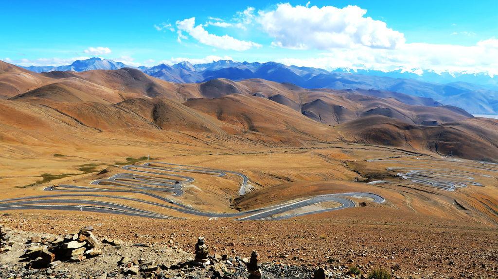 45-前往5200米珠峰大本營途中 西藏吳酸酸.JPG