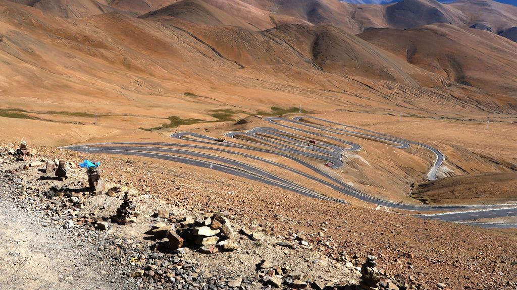 44-前往5200米珠峰大本營途中 西藏吳酸酸.JPG