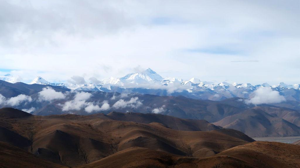 53-前往5200米珠峰大本營途中 西藏吳酸酸.JPG