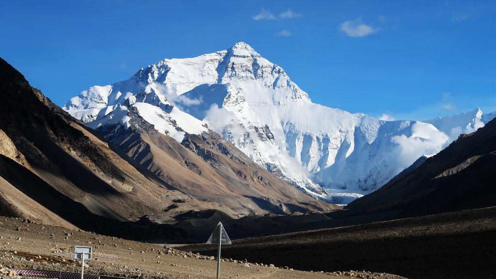 57-前往5200米珠峰大本營途中 西藏吳酸酸.JPG