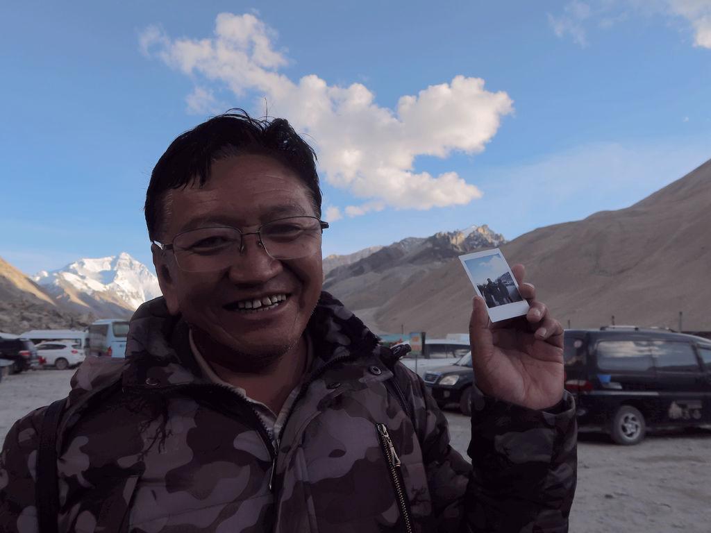 71-5200米珠峰大本營帳篷 西藏吳酸酸.JPG