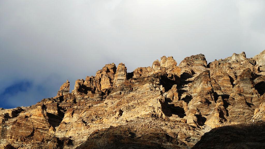 72-5200米珠峰大本營帳篷 西藏吳酸酸.JPG
