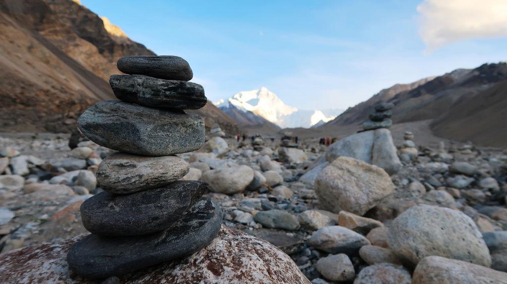 77-5200米珠峰大本營帳篷 西藏吳酸酸.JPG