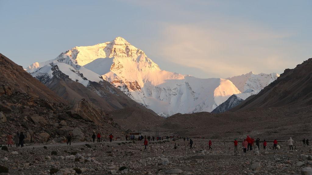 82-5200米珠峰大本營帳篷 西藏吳酸酸.JPG