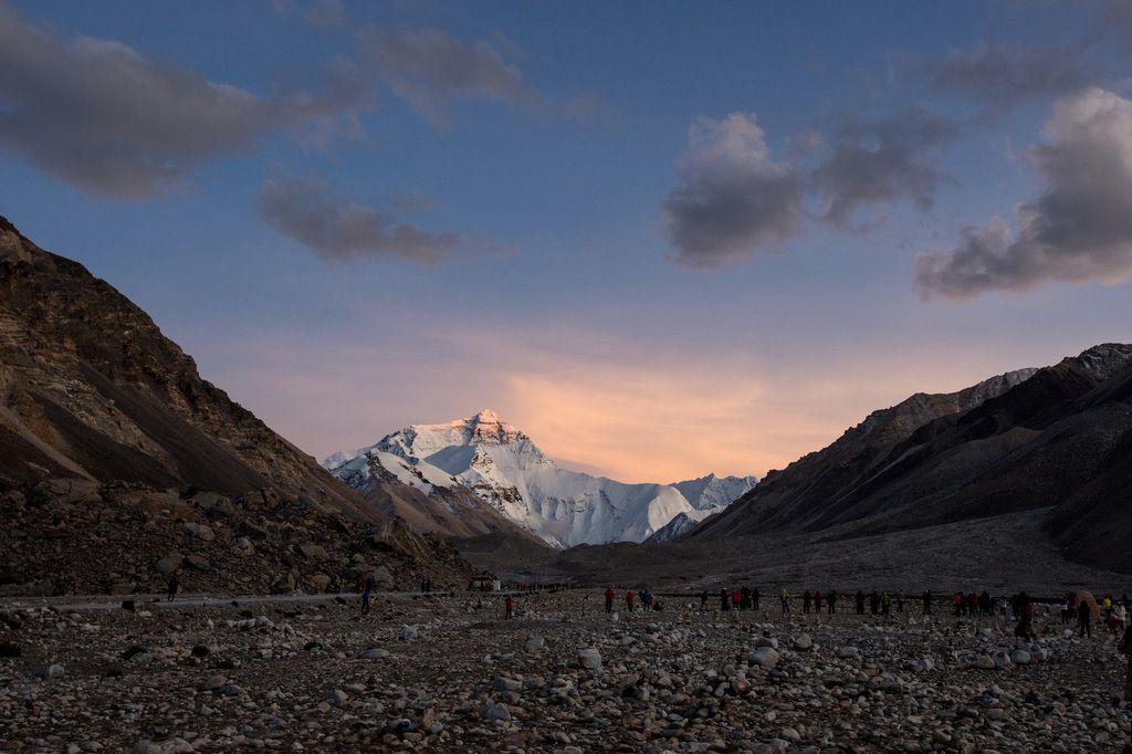88-5200米珠峰大本營帳篷 西藏吳酸酸 照片提供馬來西亞暖男.jpg