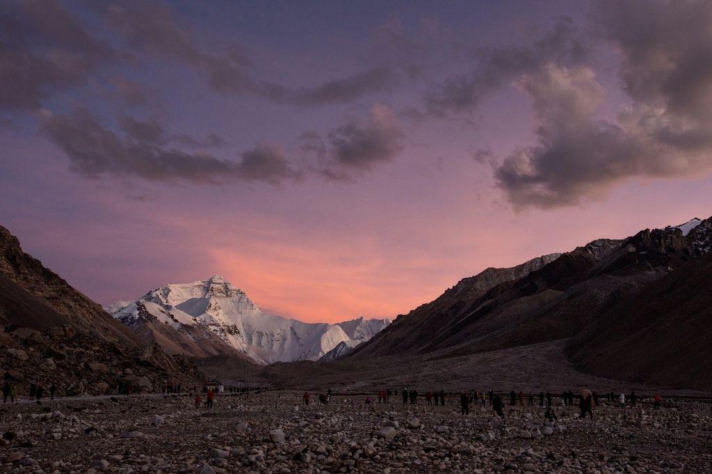 89-5200米珠峰大本營帳篷 西藏吳酸酸 照片提供馬來西亞暖男.jpg