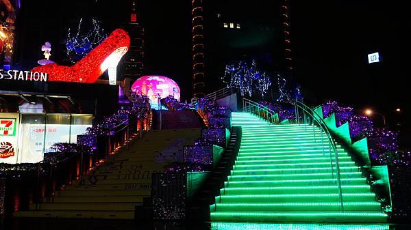 03-統一時代廣場耶誕城。愛Sharing.打造時尚與夢想聖誕.JPG