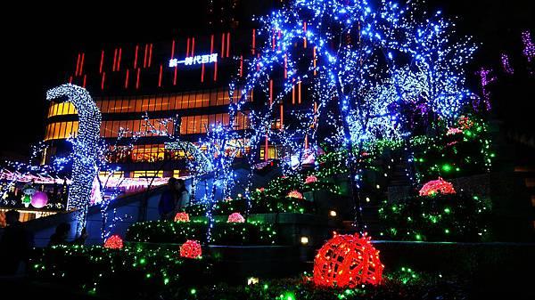 12-統一時代廣場耶誕城。愛Sharing.打造時尚與夢想聖誕.JPG