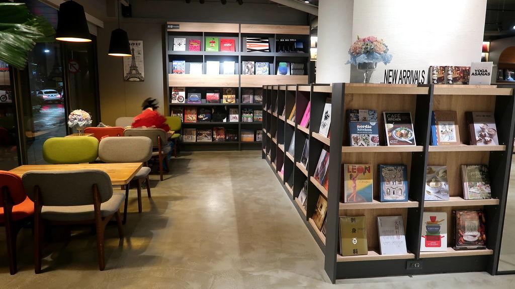 09-益品書屋 EP-BOOKS(台北市仁愛路).JPG