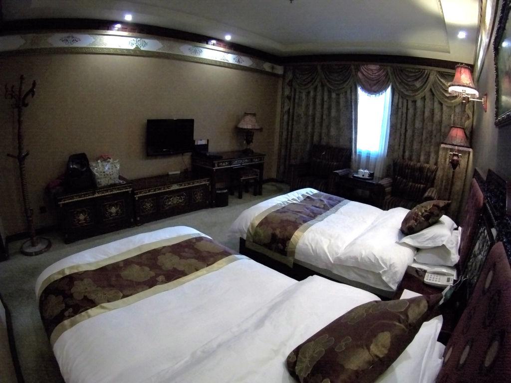 59-西藏吳酸酸 日喀則飯店 扎西曲塔大酒店.JPG