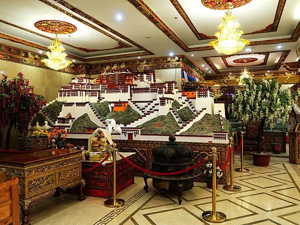 57-西藏吳酸酸 日喀則飯店 扎西曲塔大酒店.JPG