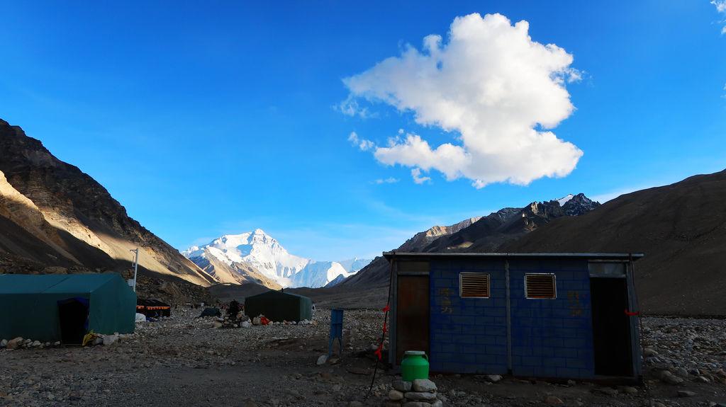 47-西藏珠峰大本營 聖母峰帳篷區 吳酸酸.JPG